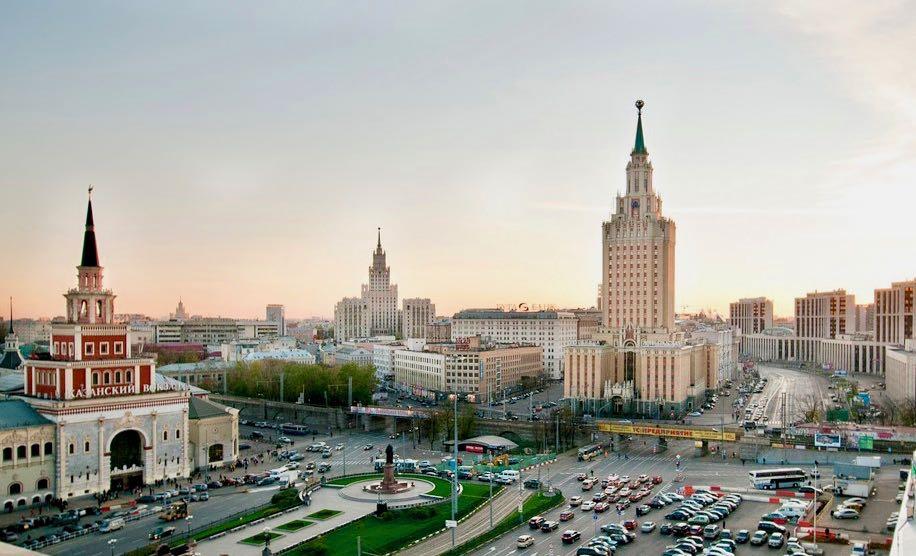 Высотка гостиницы Ленинградская